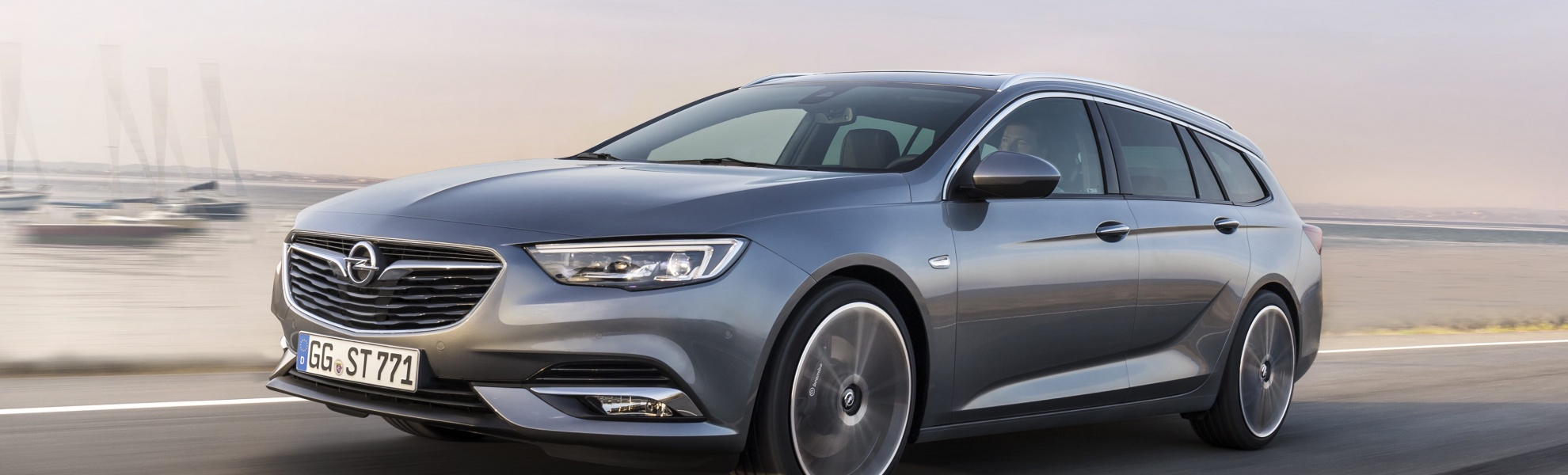 Opel-Insignia-Sports-Tourer-304054.jpg