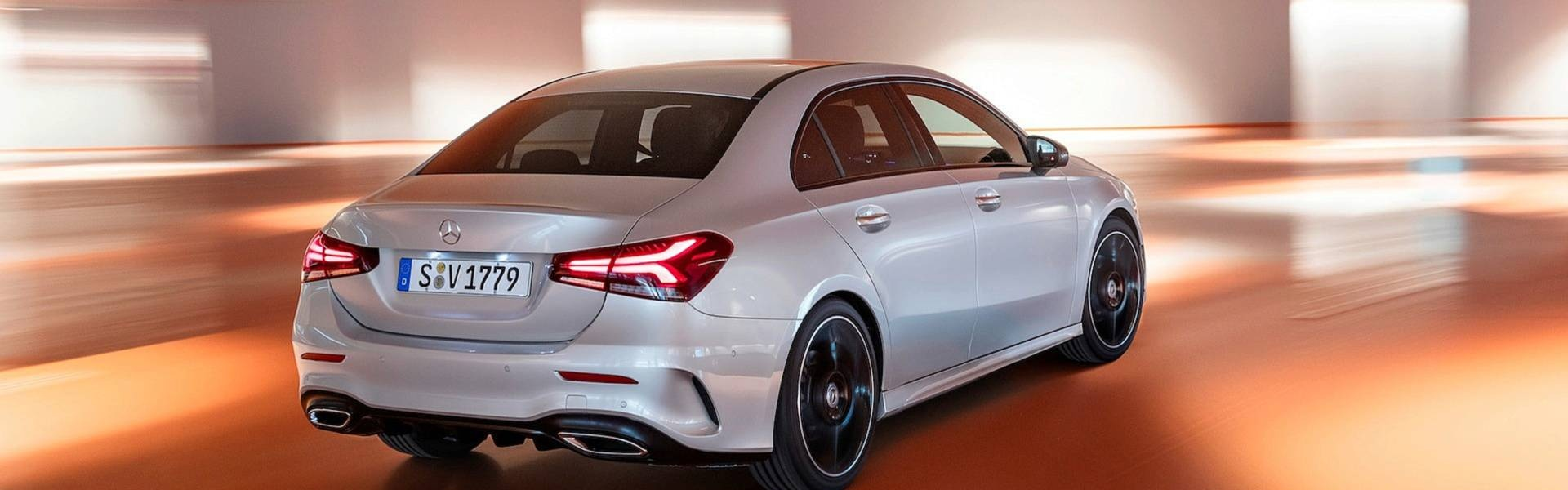 2019-mercedes-benz-a-class-sedan (5).jpg