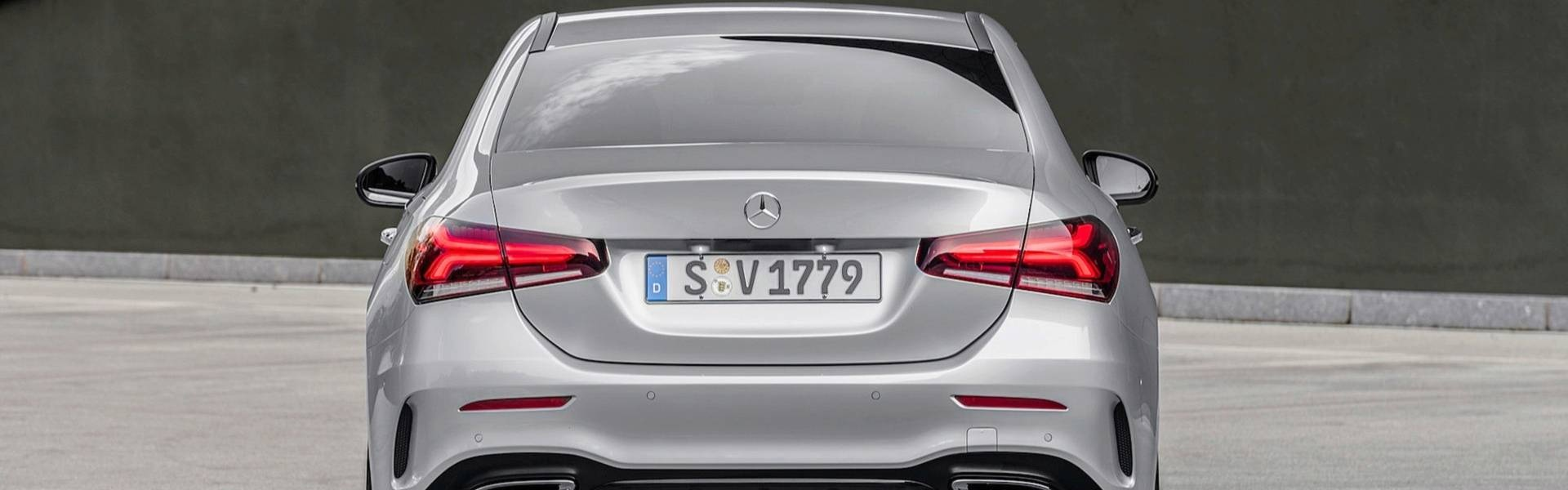2019-mercedes-benz-a-class-sedan (8).jpg