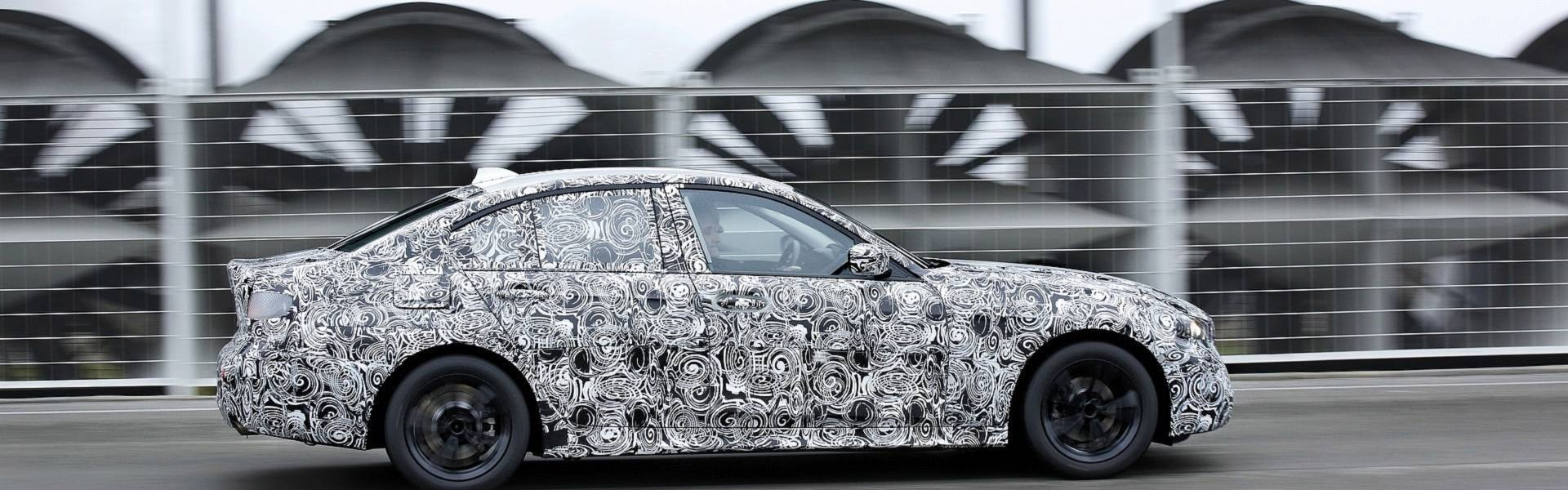 2019-bmw-3-series-teaser (6).jpg