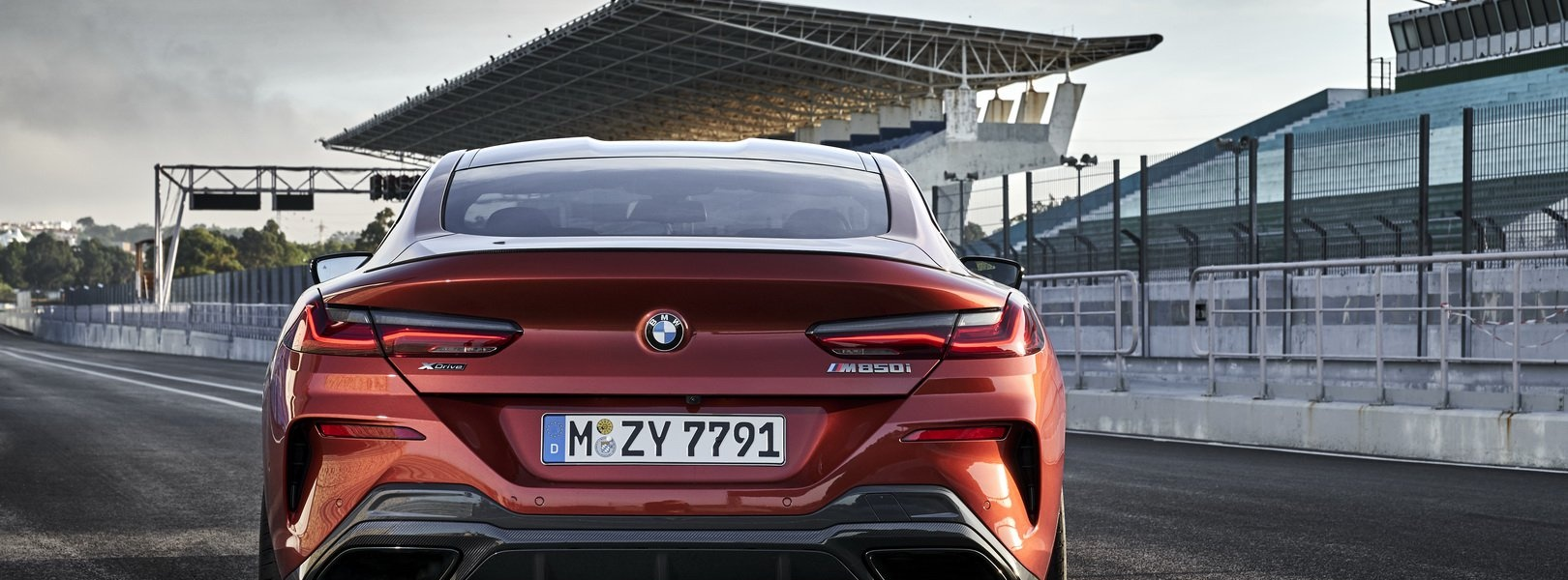 381cf409-2019-bmw-8-series-coupe-31.jpg