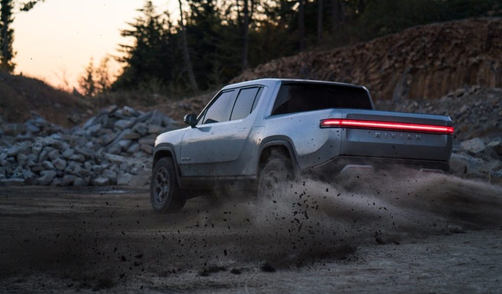 rivian-unveils-r1t-electric-truck-32.jpg
