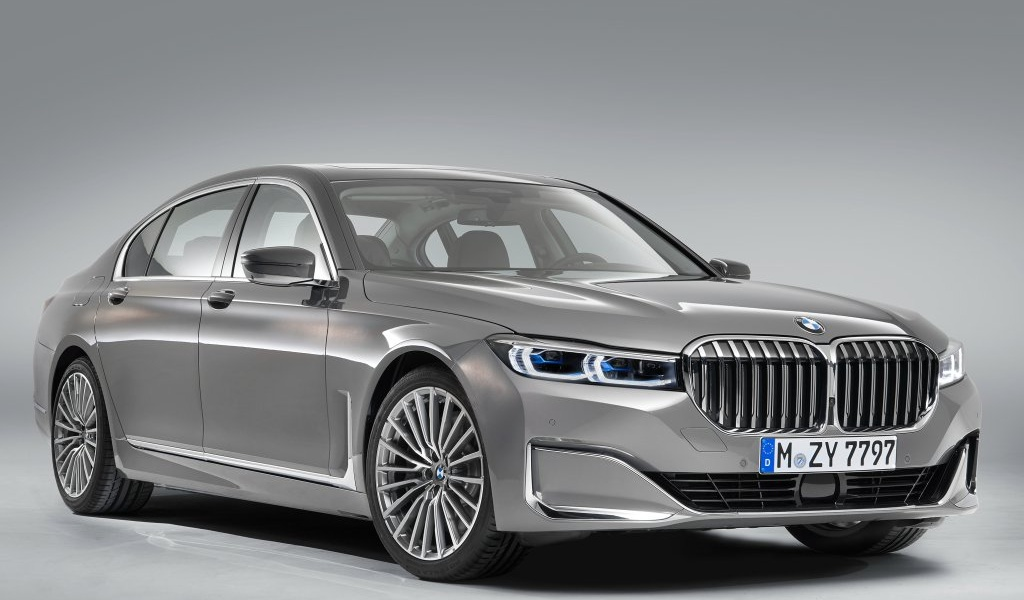 bmw-7series-facelift-leaked-images-1.jpg