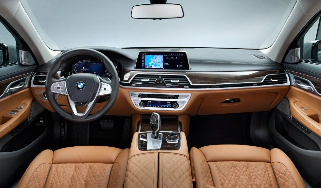 bmw-7series-facelift-leaked-images-5.jpg