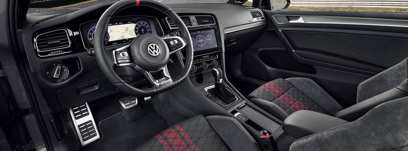 2020-vw-golf-gti-tcr-3.jpg