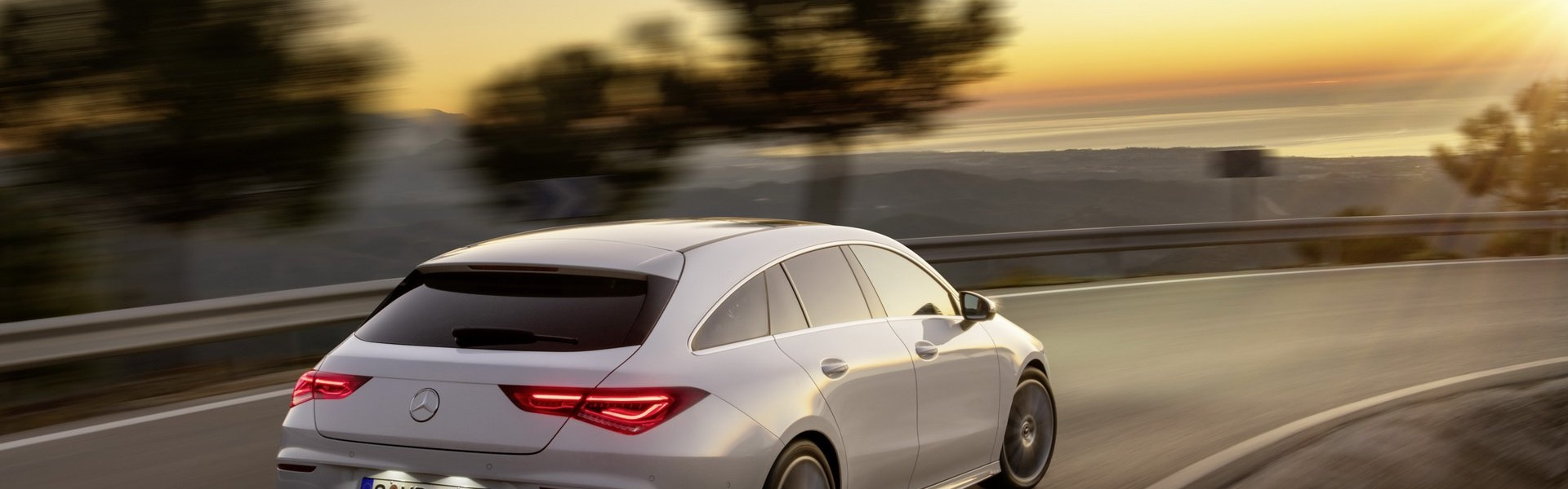 2019-mercedes-cla-shooting-brake-unveiled-24.jpg