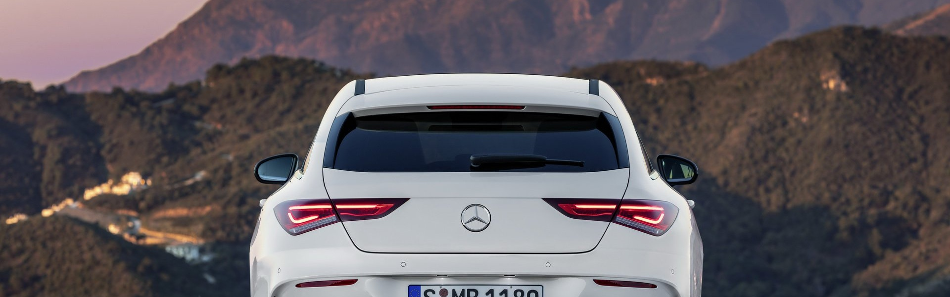2019-mercedes-cla-shooting-brake-unveiled-23.jpg