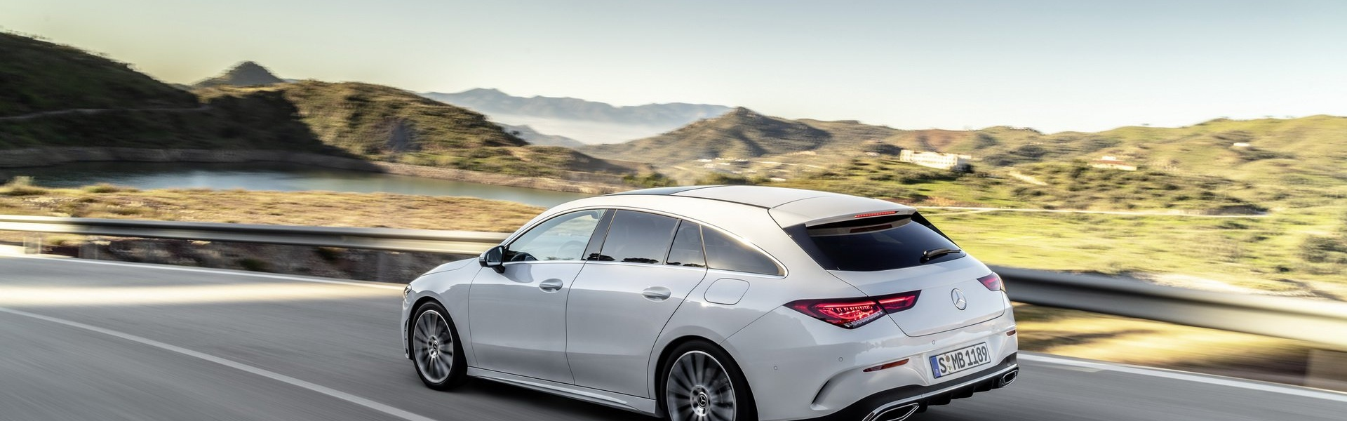 2019-mercedes-cla-shooting-brake-unveiled-18.jpg