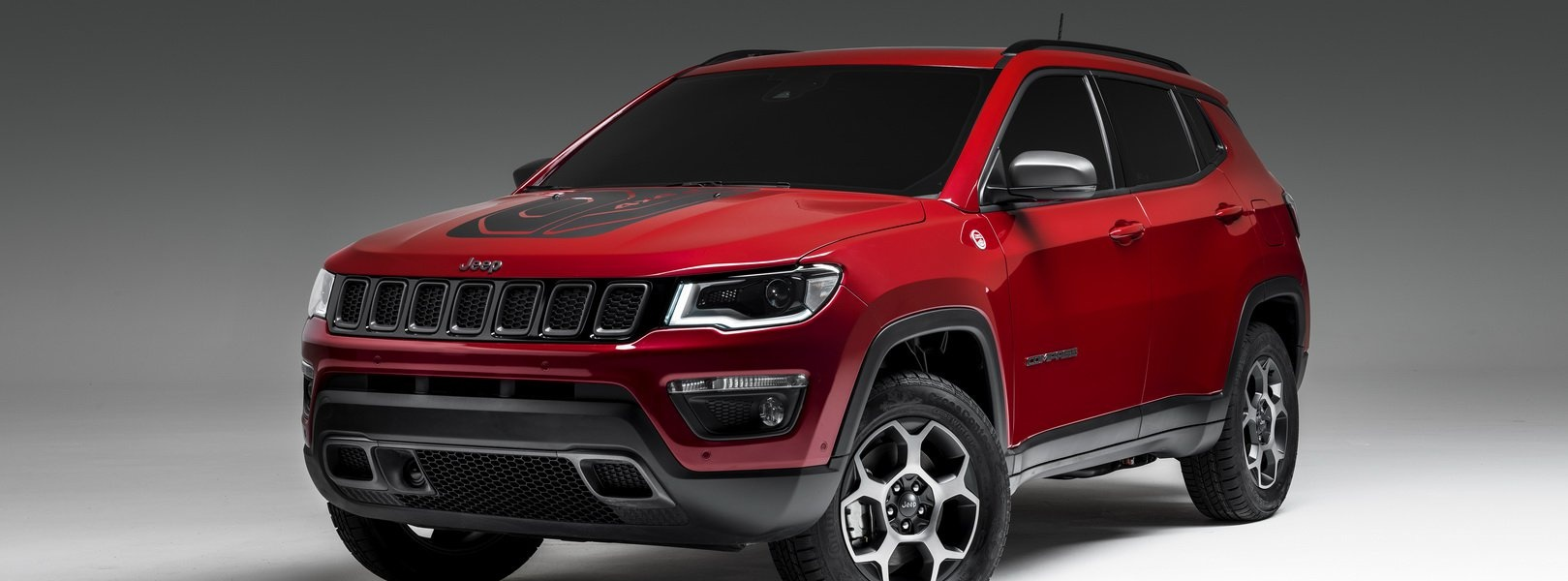 2019-jeep-compass-phev-1.jpg