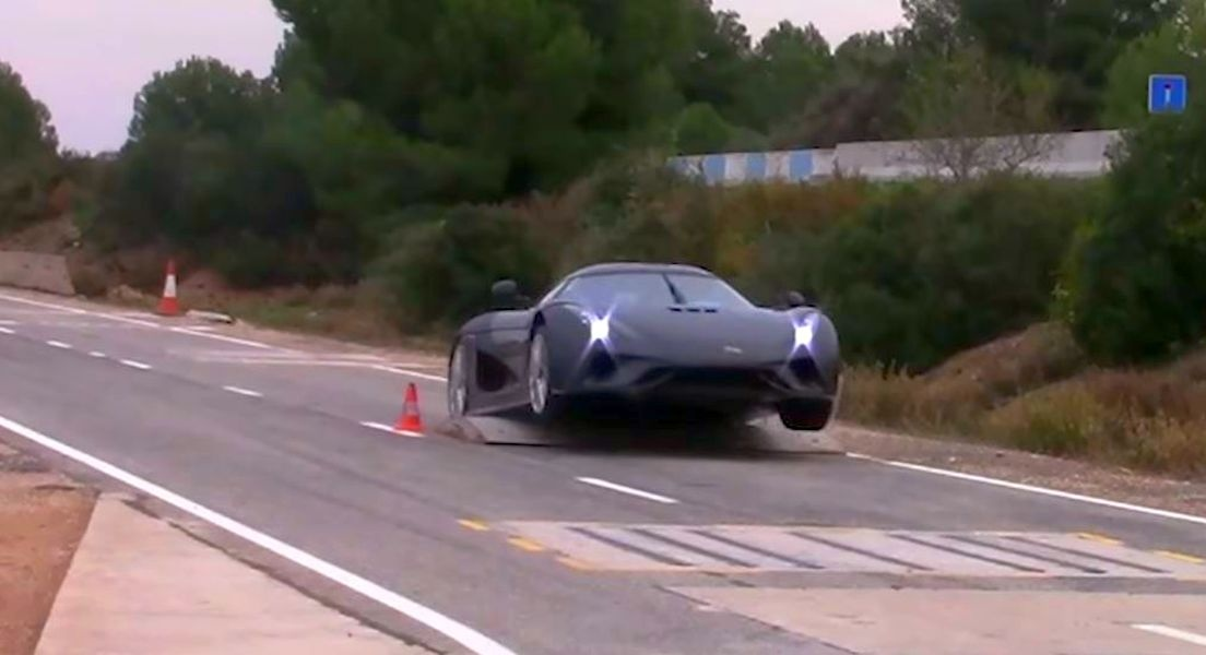 Koenigsegg-Regera-crash-test.jpg