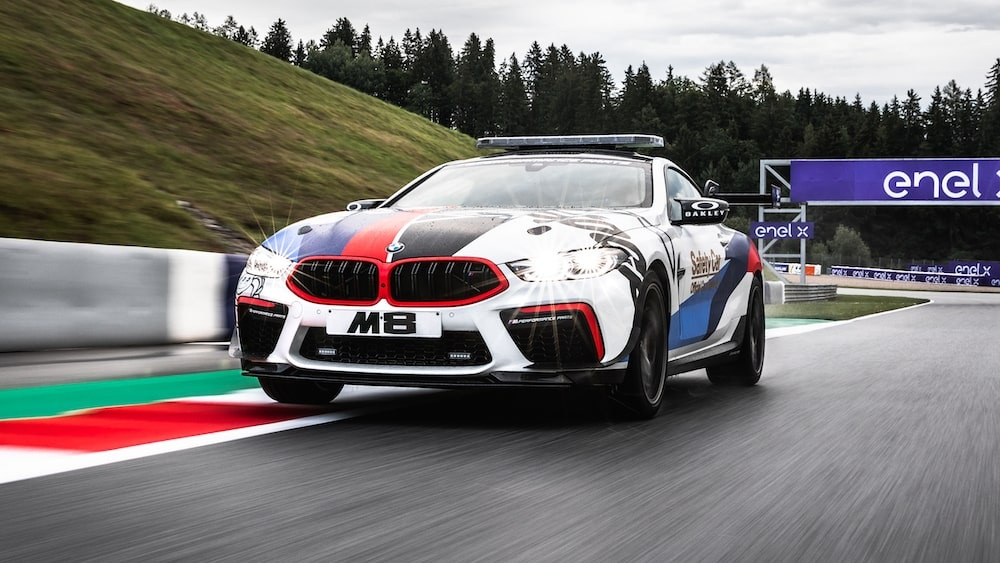 bmw_m8_motogp_safety_1-min.jpg