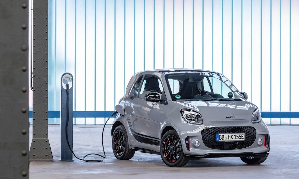 2020-smart-fortwo-forfour-12.jpg