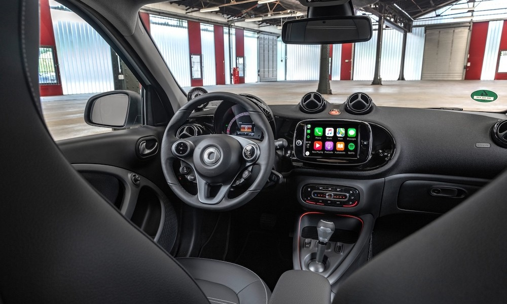 2020-smart-fortwo-forfour-37.jpg