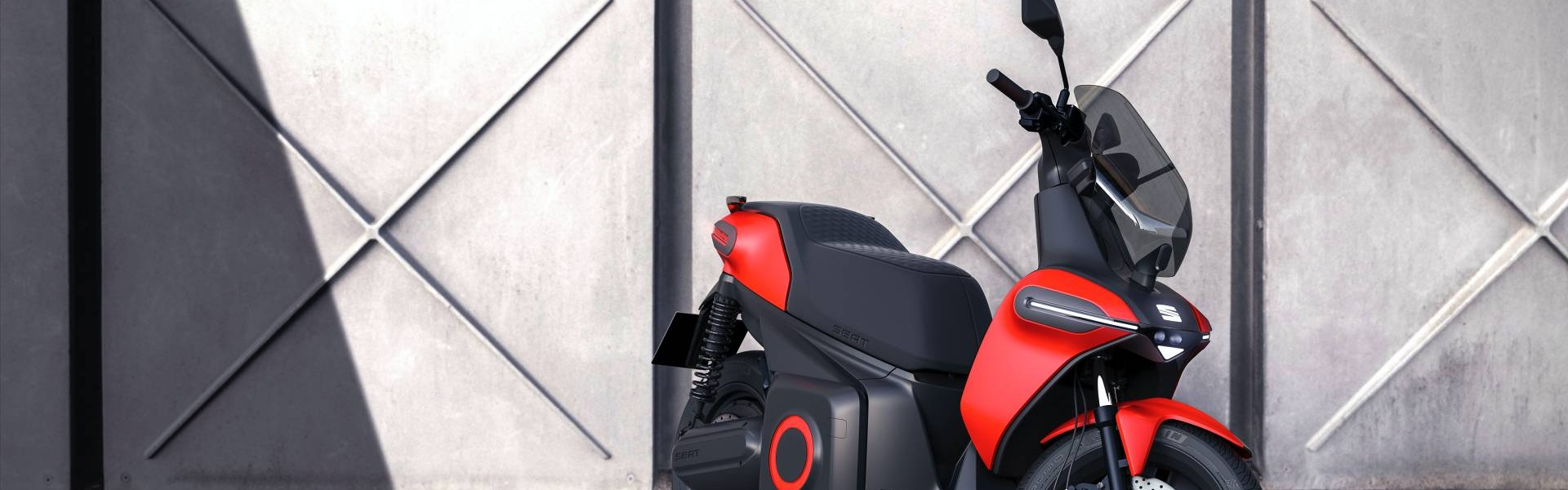 SEAT-e-Scooter-Concept-2.jpg