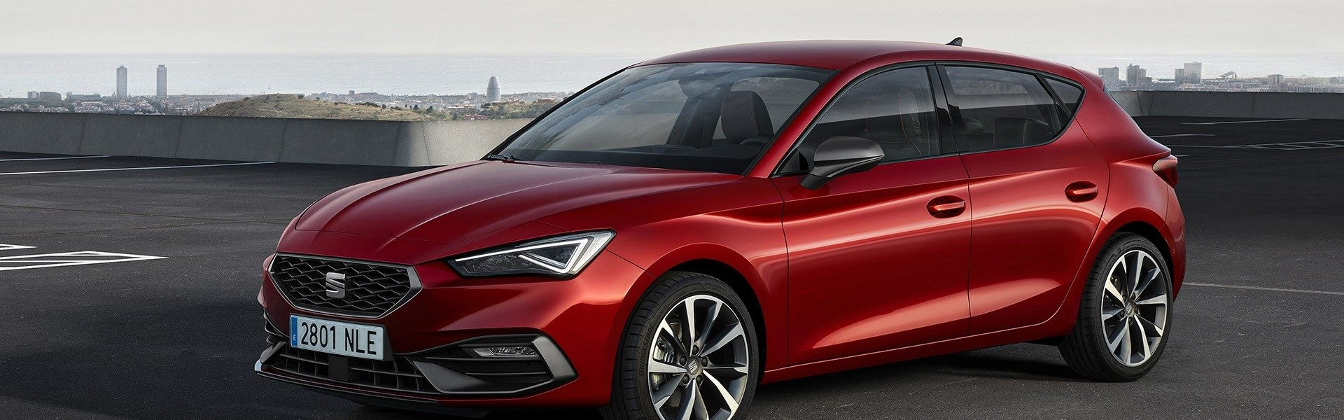 2020-Seat-Leon-Hatch-Estate-6.jpg