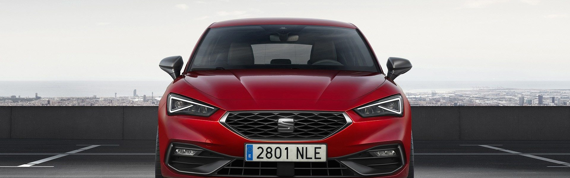2020-Seat-Leon-Hatch-Estate-10.jpg