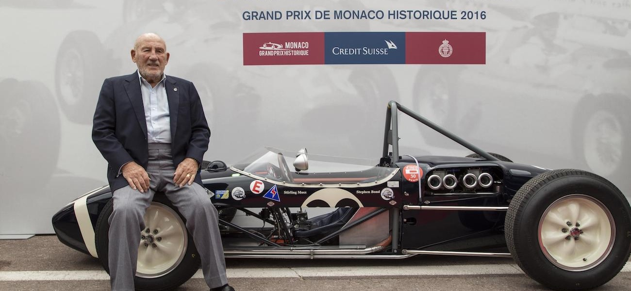 Sir Stirling Moss with a Lotus 18.jpg