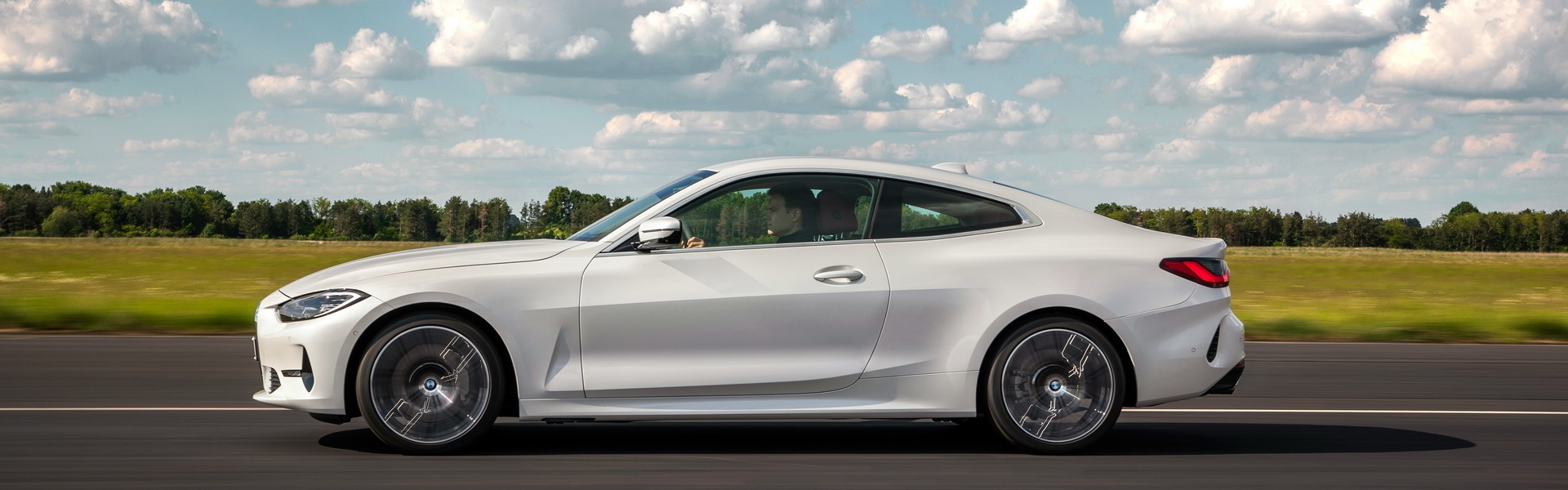 2021-BMW-4-Series-Coupe-77.jpg